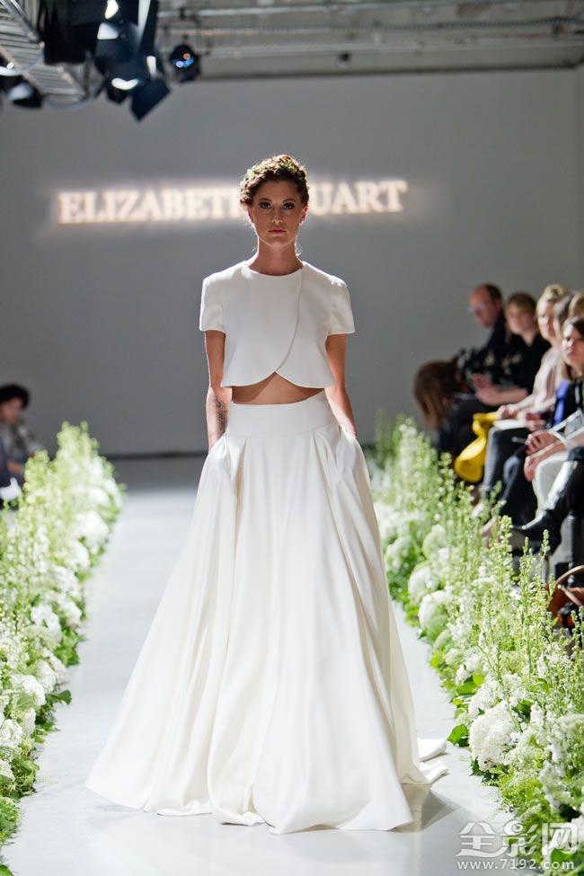 在新的浪漫一看,时尚前沿的设计从伊丽莎白斯图尔特!
