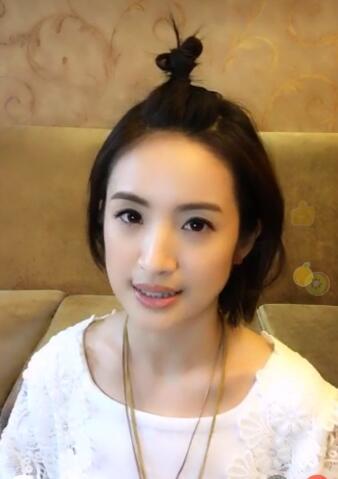 她依然是很多人心目中那个可爱的袁湘琴,这和林依晨日常的保养和好