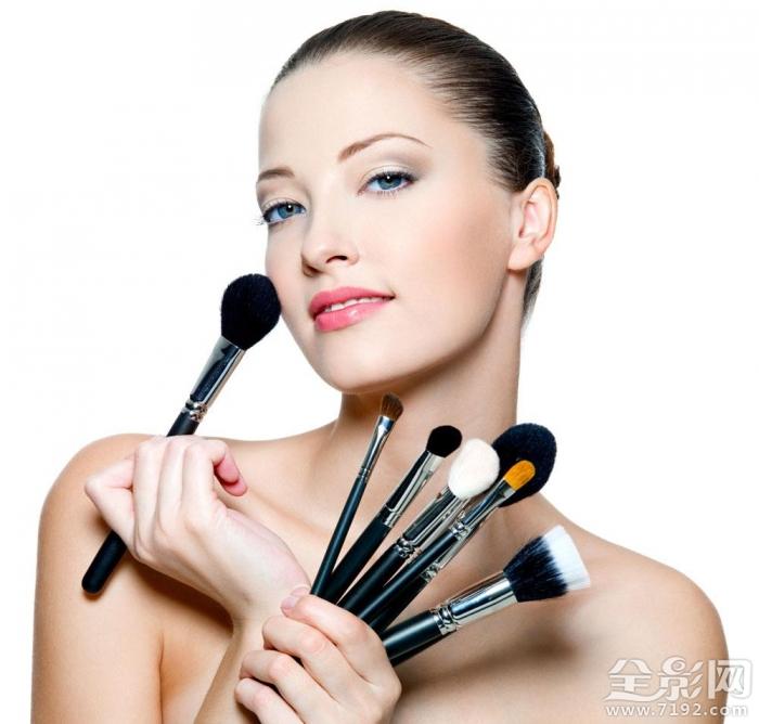彩妆的一般程序