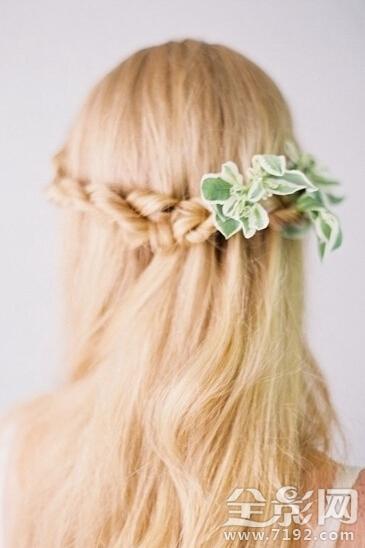 百变新娘发型,优雅清新。