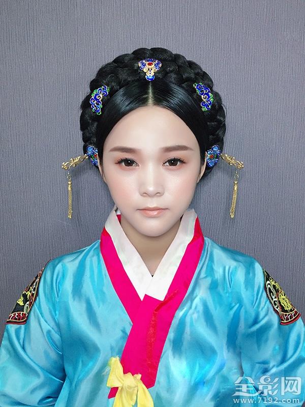 化妆技巧 影楼新娘化妆师教你打造韩式新娘造型!