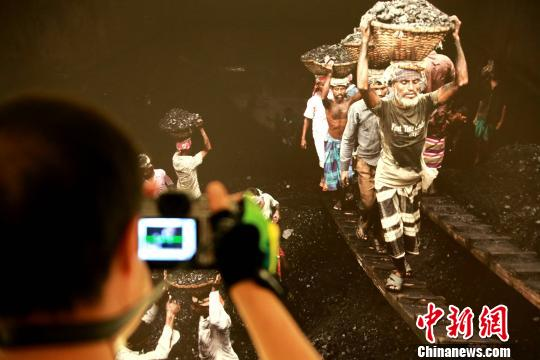 第五届世界摄影大会系列展览开展 155幅卡什经典作品亮相济南