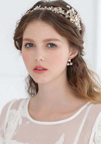 [影楼新娘造型] 适合小个子新娘的发型赏析