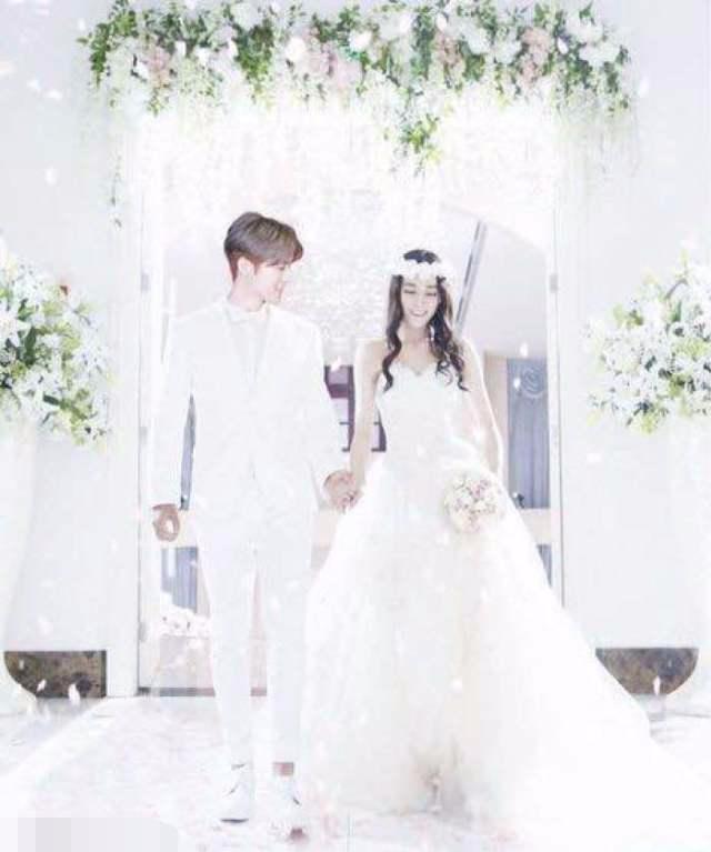 娱乐圈不是夫妻却拍了婚纱照的明星 热巴竟然和两个男人拍过