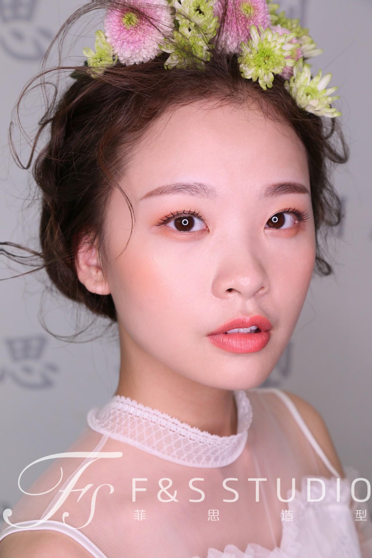化妆技巧 新娘妆容|鲜花造型图片