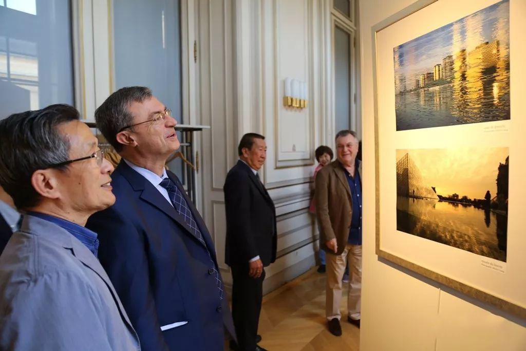 【法国】梁发强摄影展示《优雅的巴黎》
