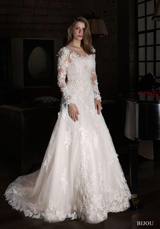 华丽的女性新娘风格