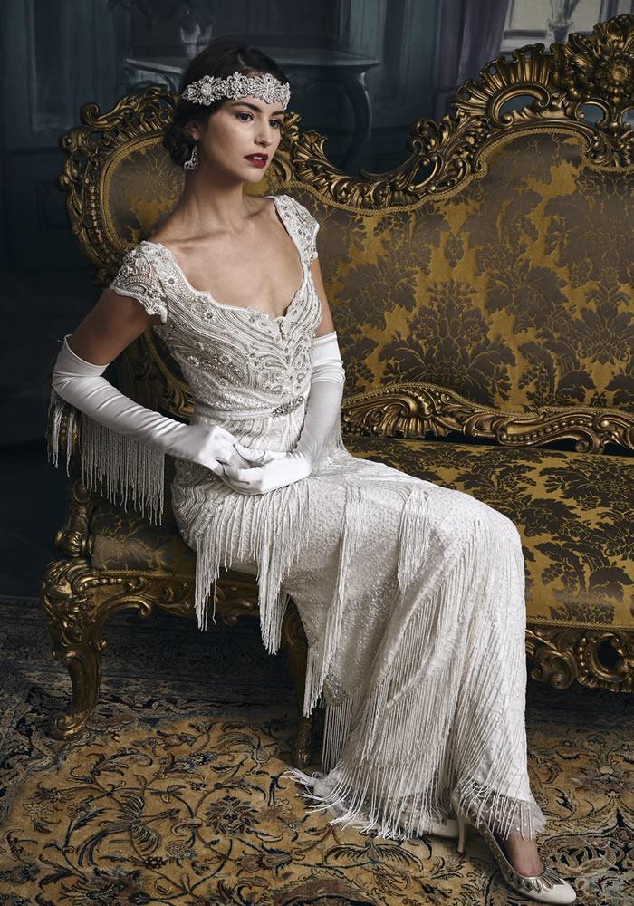 高雅结合的婚纱