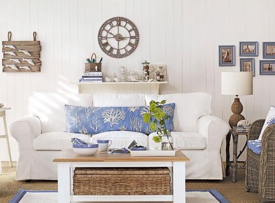 传统的地中海风格客厅设计。从装饰到色彩都很清新