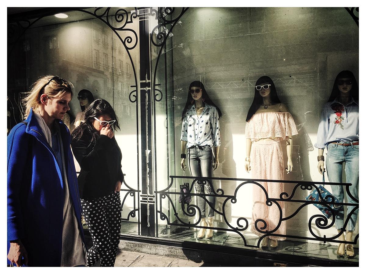 游荡在巴黎街头 用手机寻找摄影的乐趣