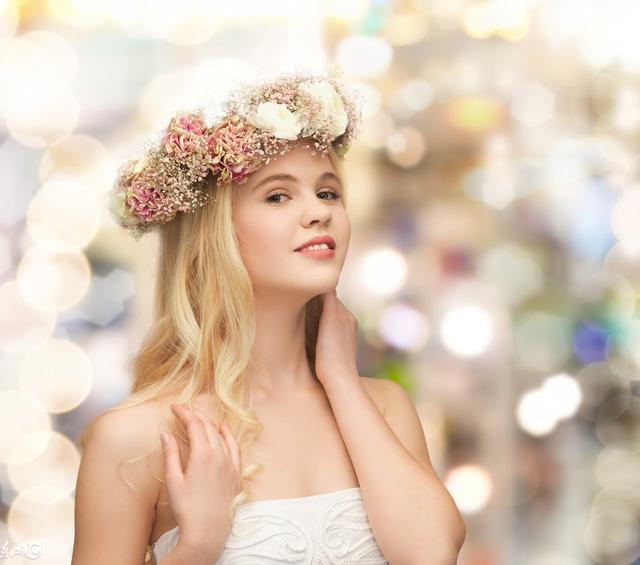 凸显浪漫唯美的发型 耀眼新娘从头开始