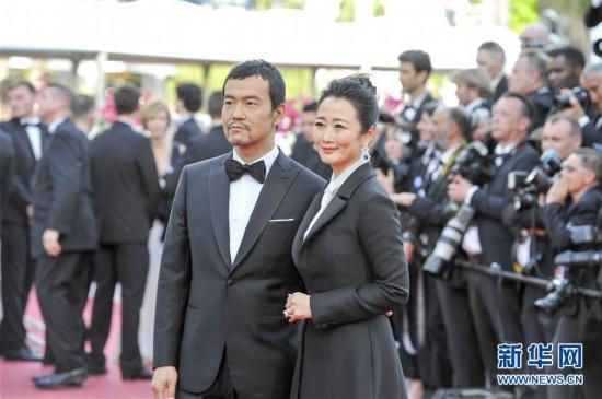 中国演员亮相第71届戛纳电影节开幕式