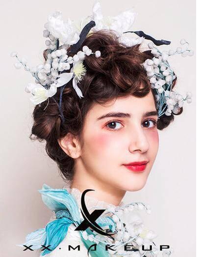 化妆技巧 仙气十足的新娘妆发造型