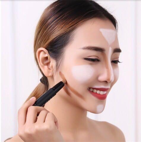 化妆:新手学化妆怎么选化妆工具?