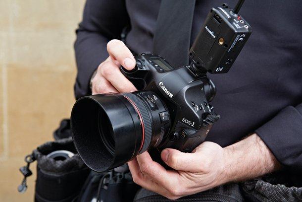 婚礼需要配备两台相机
