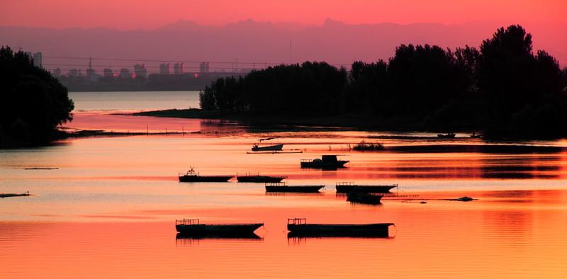 蜜月旅行中山湖
