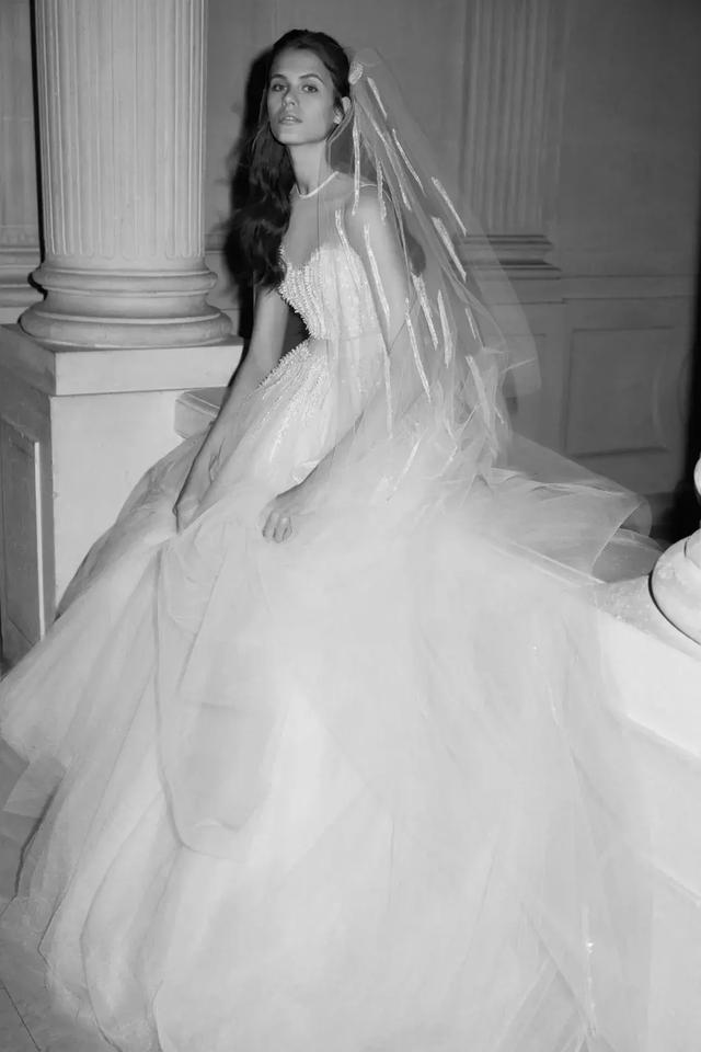 新娘妆发干货:2019年的婚纱周除了看婚纱,还能学到什么?(2)