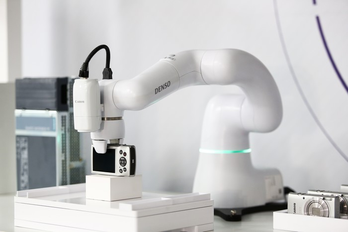 佳能发布工业影像平台 助力用户打造可视化智能工厂