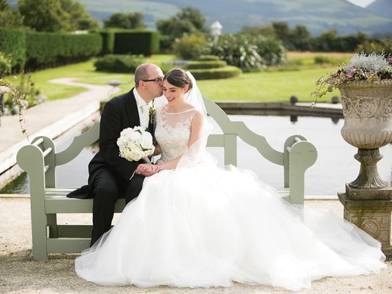 保定婚纱摄影每个新娘心目中的公主裙