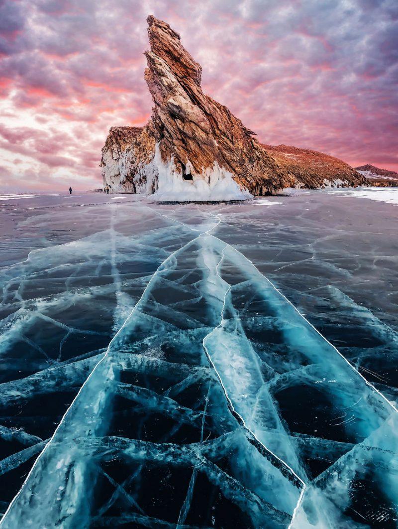 踏足世界上最深的湖泊