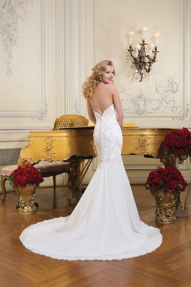 潍坊婚纱摄影新娘都应该避免婚纱礼服样式不好看