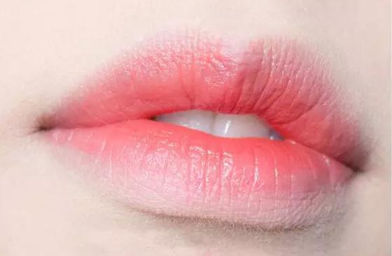 三種超適合新手的唇妝,快來學習一下吧~