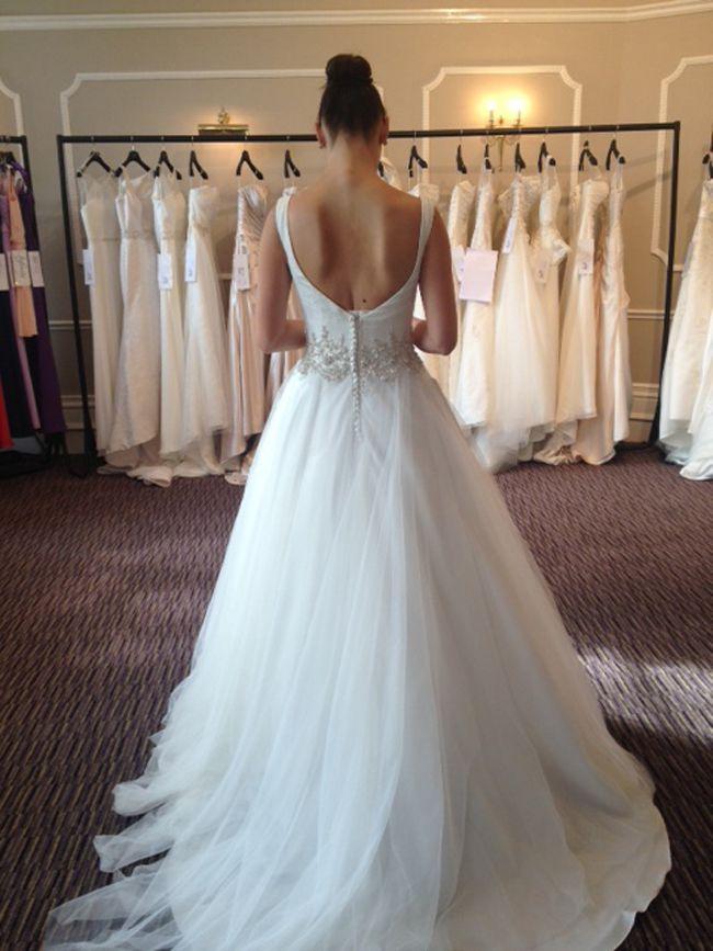 婚纱摄影英国婚纱展的婚纱礼服潮流