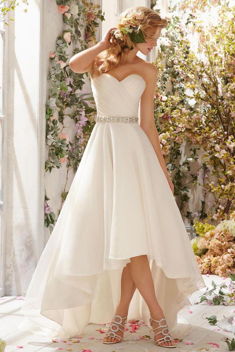 国外婚礼适合优乐娱乐手机版摄影的礼服