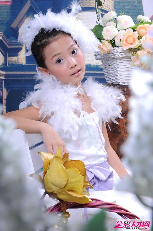 儿童摄影可爱的小姑娘们展示