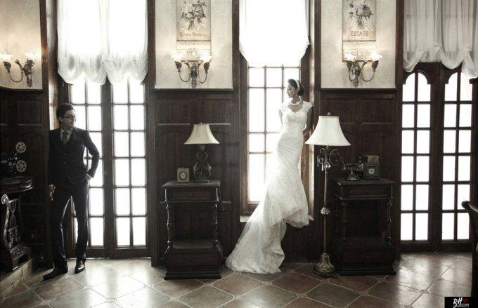 利用不同的天气拍摄出完美的婚纱照