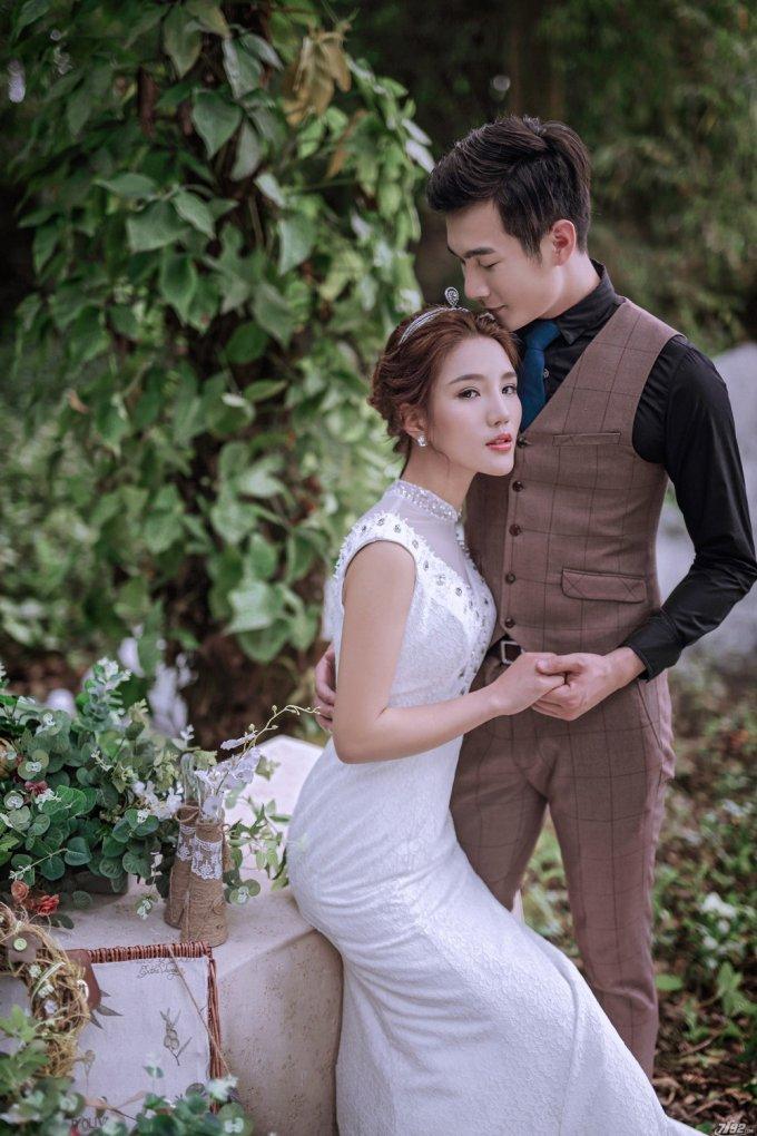 花都小编推荐拍婚纱照怎么摆造型-拍婚照的姿势