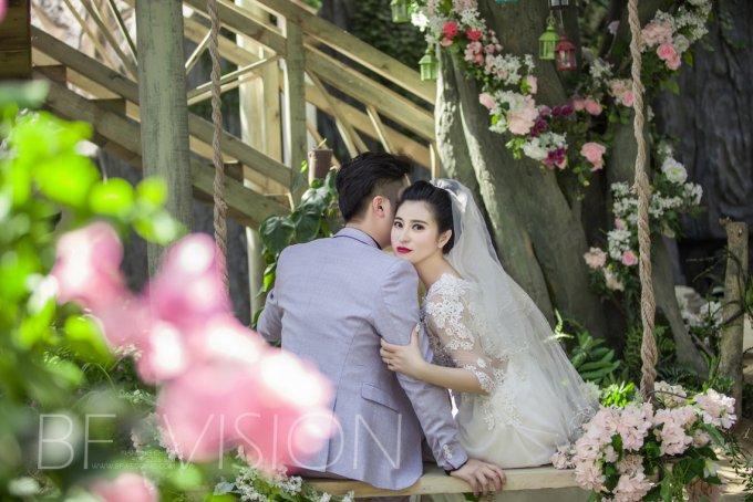 公主风格婚纱照 演绎梦幻婚礼-拍婚纱照攻略