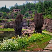 张家界大峡谷玻璃桥 - 奇峰山水 - 红石林 - 凤凰古城 - 矮寨大桥摄影采风团