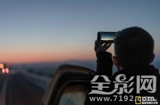 7位老司機和1位攝影師用10天穿越歐亞大陸